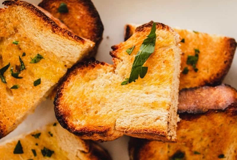 dogs eat bread crust